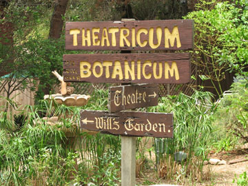 Theatricum Sign_1sm